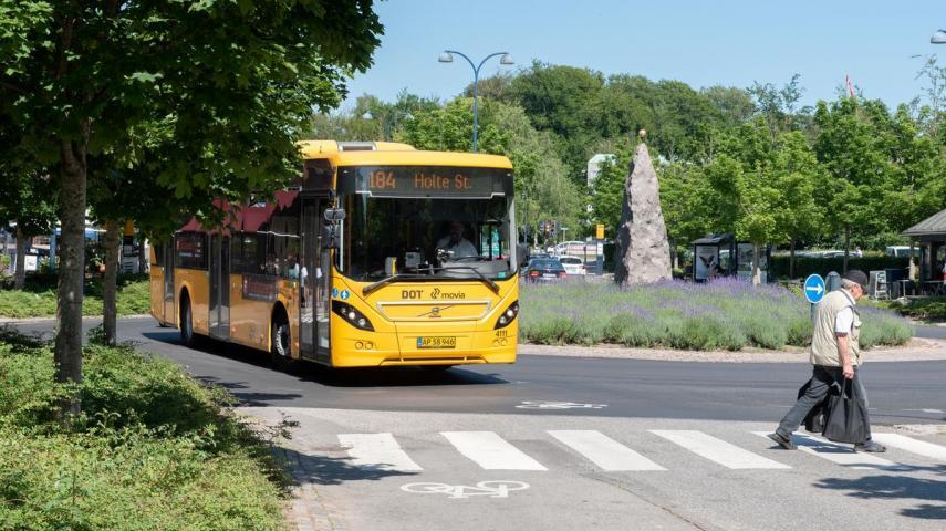 Dekorativt: Bus i Holte